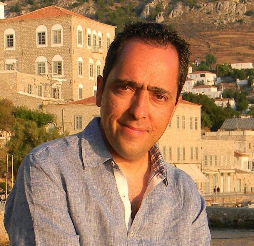 Yannis Theodoridis